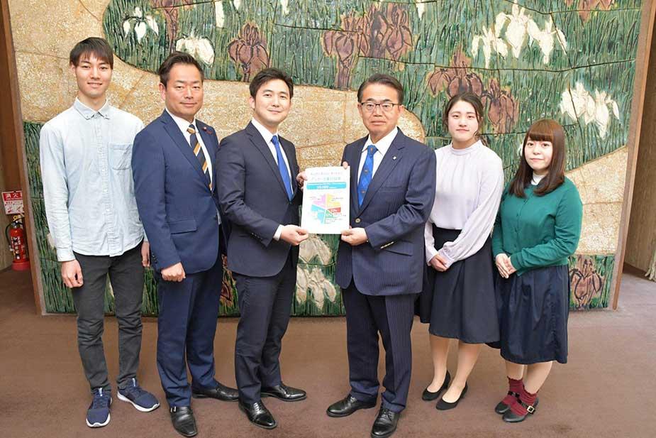 「愛知・明日へ・アクション(Aichi Asue Action)」で集まった1万件を越える声を大村知事にお届け