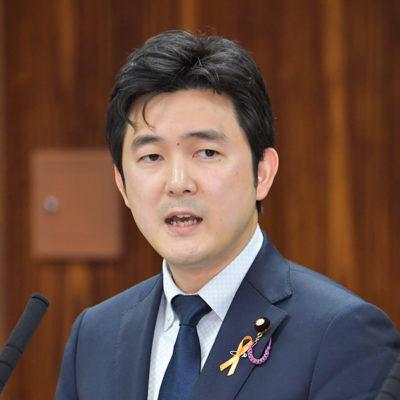 質問する安江氏=12日 参院法務委
