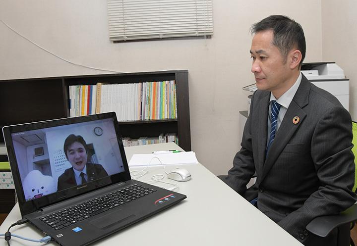 学生の声、政治に届ける/京都府本部がユーストーク/安江党学生局長
