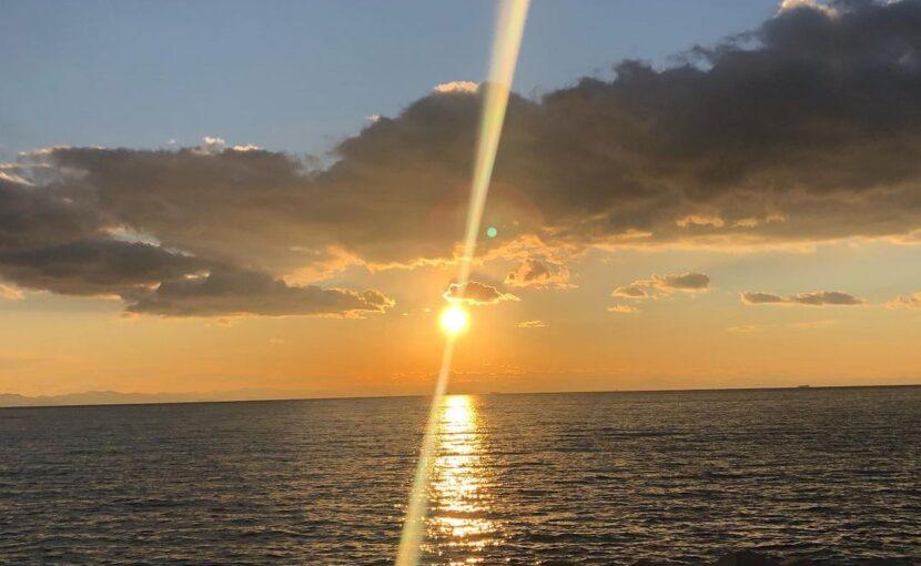 過日の知多半島から見た太陽