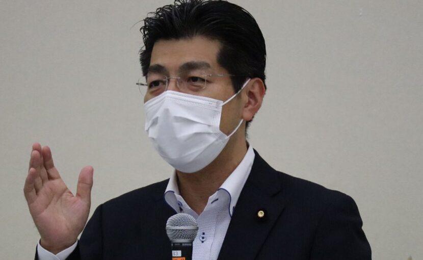 里見りゅうじ参議院議員